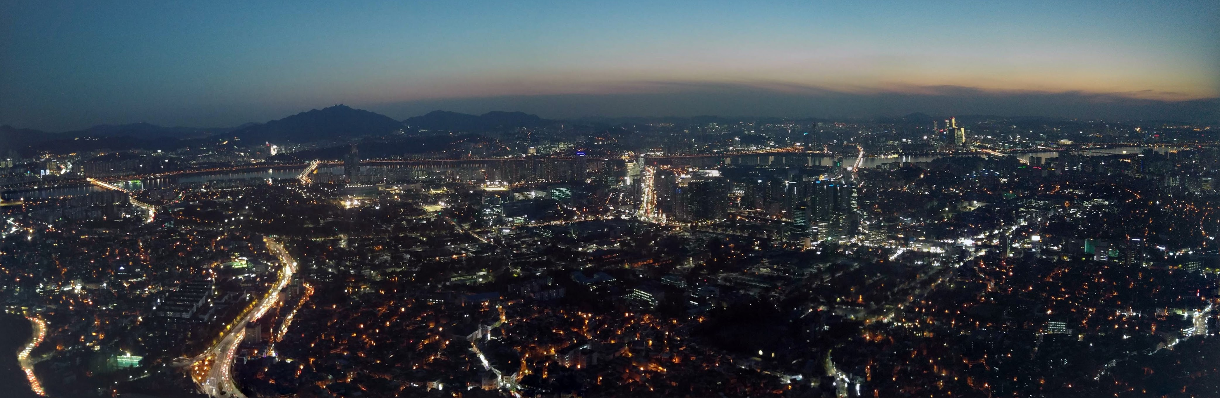 Seoul viewed from Namsan tower after sunset